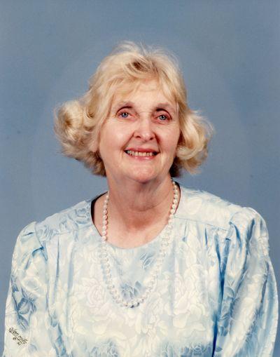 Photo of Betty Rhinehart Henson  - 1929-2020