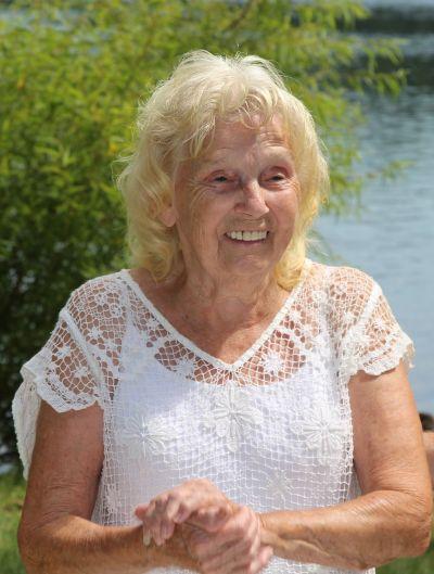 Photo of Carol Jeanette Miller  - 1937-2020