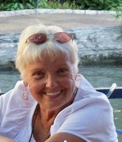 Obituary for Evelyn Nesbitt Hartz | Crawford / Ray Funeral